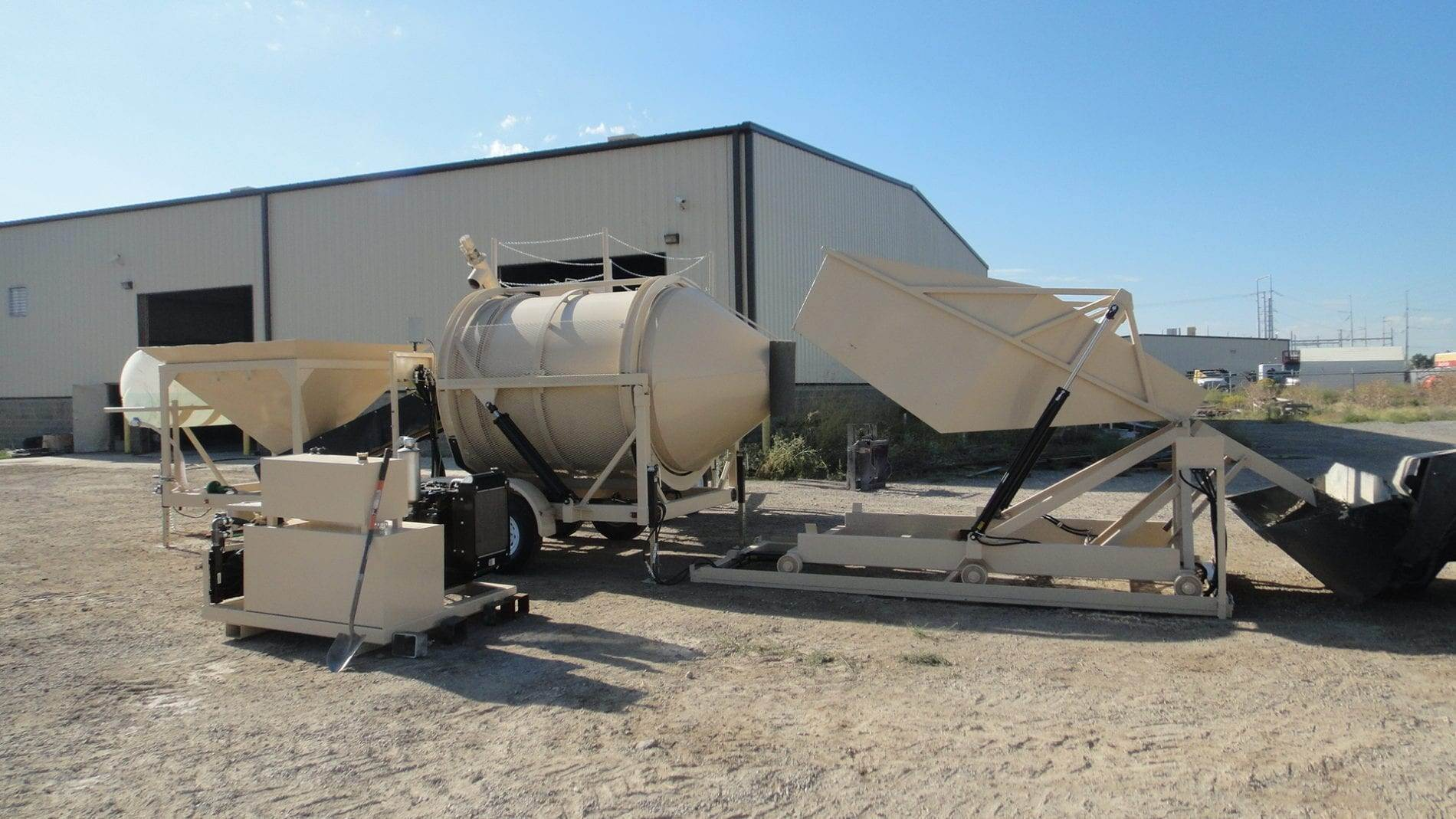 Custom Portable Concrete Mixer Batch Plant EZ 2-3 with HH3 Holding Hopper