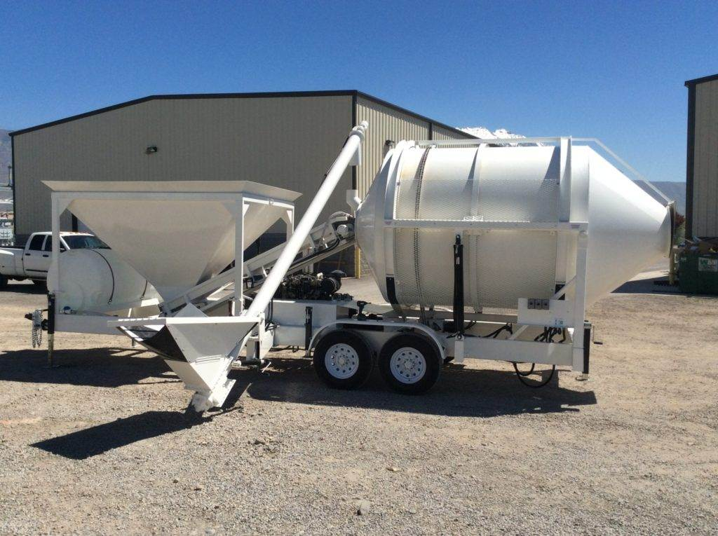Portable Concrete Mixer Batching Plant 4 Cubic Yards Mix Right EZ4-5 with Side Auger at Right Manufacturing Systems Inc.