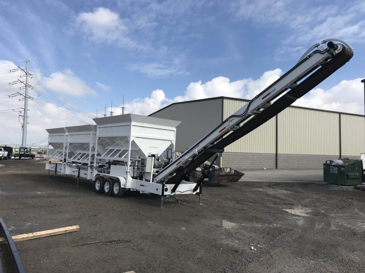 Portable Concrete Batching Plant 36+ Cubic Yards Automated Mix Right 2CL-36-3 Conveyor at Right Manufacturing Systems Inc. Lindon, Utah