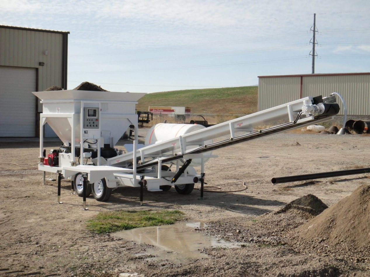 Portable Concrete Batching Plant 8+ Cubic Yards Mix Right 2CL-8EX at Right Manufacturing Systems Inc. Lindon, Utah